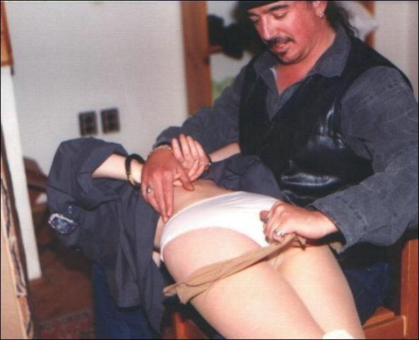 Haar kontje word onder handen genomen door de tbser die net is vrij gekomen