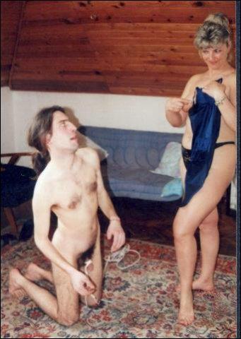 Dikke vrouw vind het erg opwindend om hem aan en uit te kleden